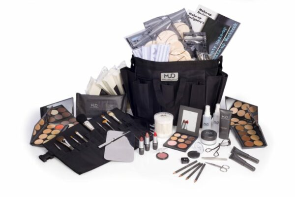 MUD Beauty Essentials Training Kit
